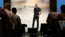 """رئيس شركة مايكروسوفت """"ساتيا ناديلا"""" يعلن في مؤتمر بسان فرانسيسكو نظرة الشركة الي الشبكة السحابية"""