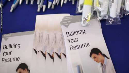 Rep. Speier (D-CA) Holds Job Hunting Event
