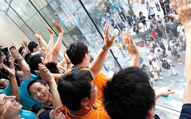 أرقام غير مسبوقة في أبل ستورز بالصين