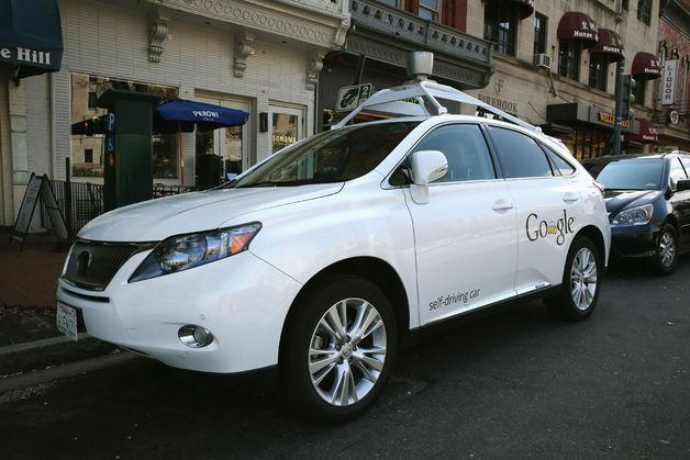 تقول جوجل إن سياراتها ذاتية القيادة قطعت قرابة مليون ميل على الطرق السريعة والشوارع الداخلية دون التسبب في حادث واحد