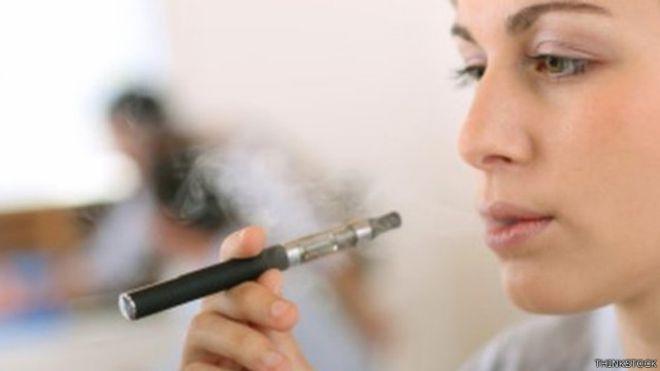 يثار جدل بشأن سلامة استخدام السجائر الإلكترونية منذ ظهورها