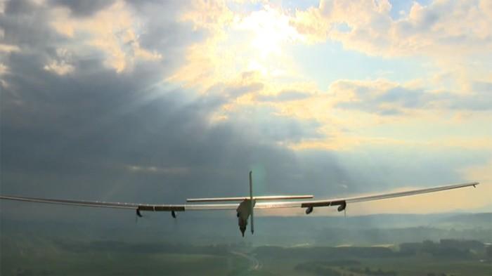 Solar-Plane-01