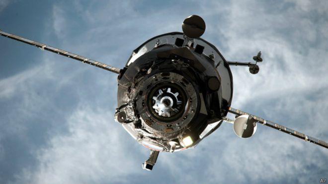 ترسل روسيا سنويا ما بين ثلاث وأربع سفن إمدادات إلى محطة الفضاء الدولية