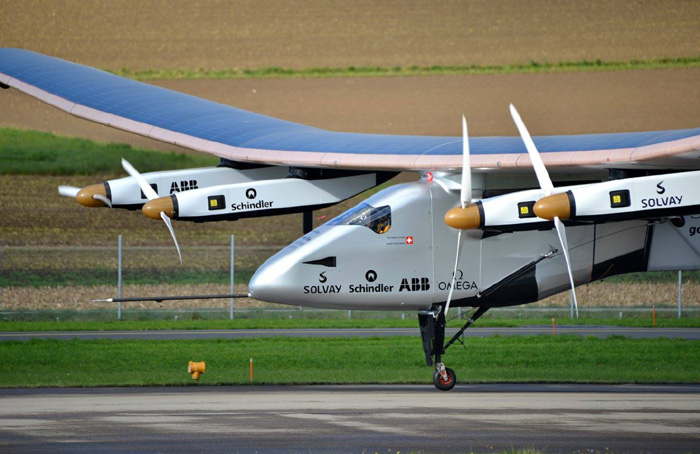 الطائرة سولار إمبلس 2 تعمل بالطاقة الشمسية ولم تستخدم قطرة وقود واحدة في رحلتها حول العالم