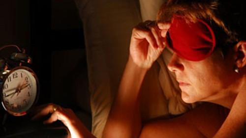لابد من تدريب المخ علي مواعيد محددة للنوم