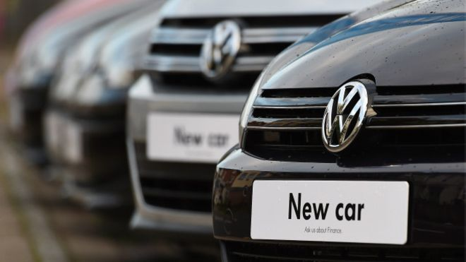 قرار الحظر السويسري قد يطال 180 ألف سيارة لفولكس فاغن