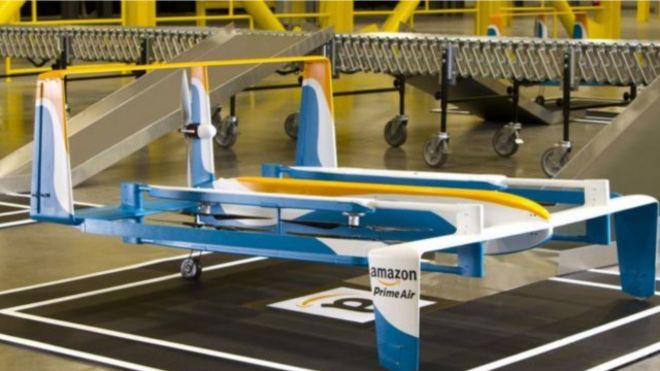 طائرة شركة أمازون الجديدة لتوصيل طرود الشركة