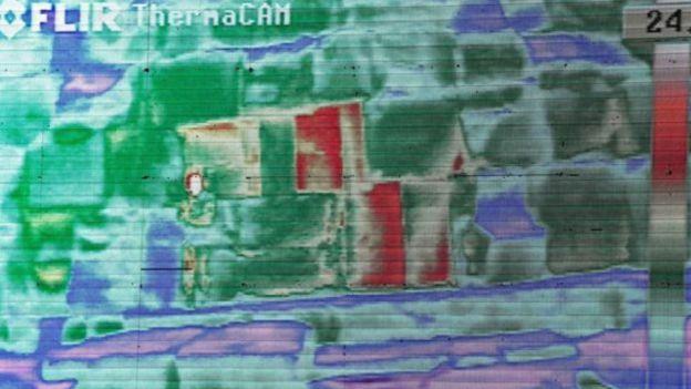 الكاميرات رصدت درجات حرارة عالية في 3 أحجار في قاع الهرم الأكبر