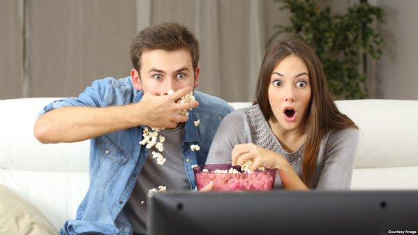 بحسب الدراسة فإدمان التلفزيون يؤثر على سلبا على المهارات الإدراكية