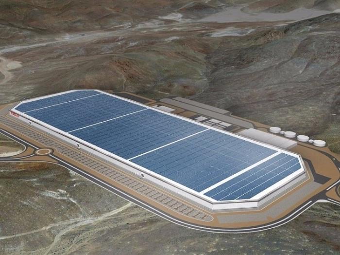 صورة من طائرة بدون طيار لمصنع تسلا في صحراء نيفادا