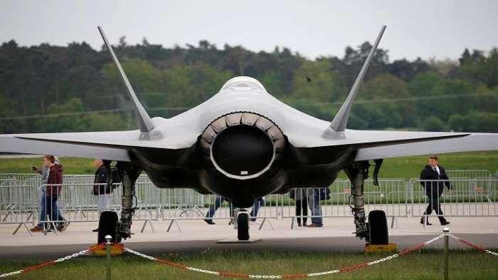 الطائرة أف-35 أحدث المقاتلات في سلاح الجو الأمريكي