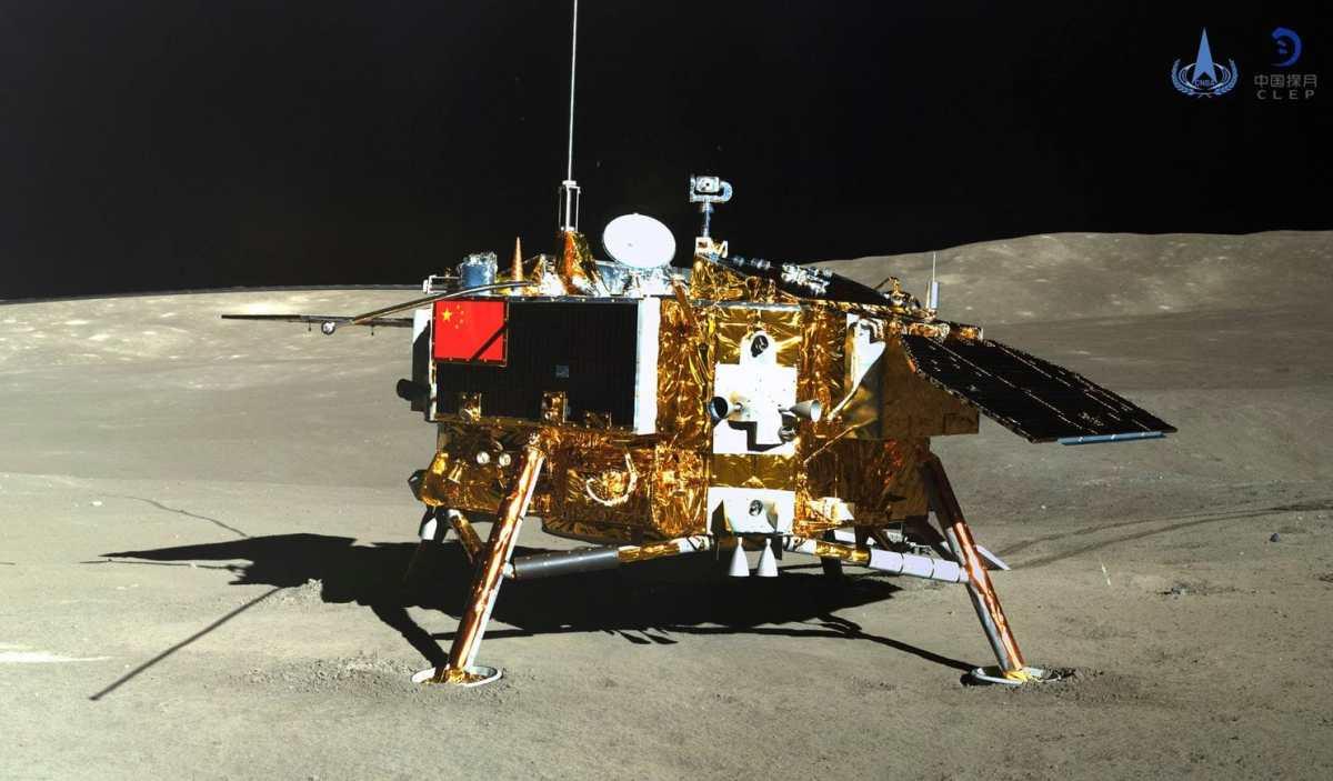 الصين تطلق مسبارا هذا العام لأخذ عينات من القمر وآخر الي المريخ 2020