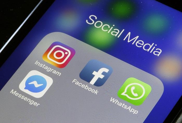 شعار الشبكات الإجتماعية لشركة فيسبوك وهي إنستاجرام و واتساب وماسنجر