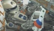 الإنسان الآلي (فيدور) داخل مركبة الفضاء الروسية سويوز يوم 22 أغسطس 2019