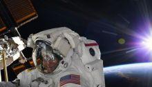 رائدة الفضاء آن مكلين