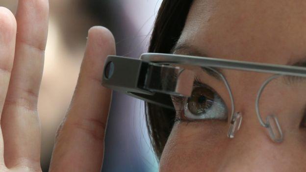 """كانت نظارة """"جوجل جلاس"""" غير جيدة التصميم"""