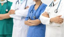 الطب قد يشهد اختفاء مهنة الممارس العام، بحيث يزيد الطلب على الإخصائيين
