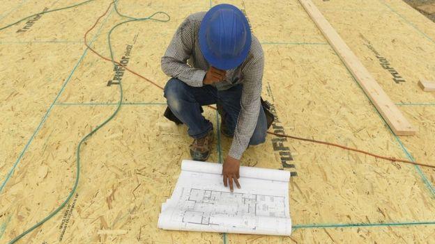 مجال الهندسية المعمارية مهدد بتقلص في الوظائف التقليدية، بحيث تقتصر الفرص على أصحاب الأفكار الخلاقة والحس الفني