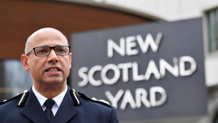 نيل باسو ، مساعد مفوض شرطة العاصمة البريطانية لندن لمكافحة الإرهاب