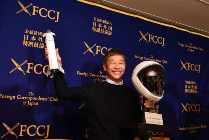 الرئيس التنفيذي لشركة زوزو يوساكو ميزاوا خلال مؤتمرا صحفيا في نادي المراسلين الأجانب في اليابان في أكتوبر 2019
