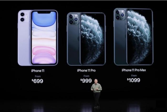 موبيلات أيفون 11 الجديدة أثناء عرضها في كاليفورنيا في 11 سبتمبر 2019