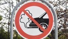 علامة حظر السيارات التي تسبب انبعاثات في الدنمرك