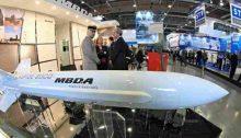 نموذج من صاروخ من تطوير شركة (إم.بي.دي.إيه) الفرنسية في أحد المعارض