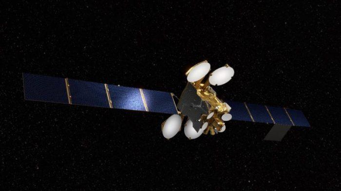 القمر الصناعي المصري للاتصالات طيبة-1