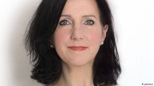 تانيا كوينه، مديرة إحدى وكلات التصميم ورئيسة دائرة الحزب الديموقراطي الحر في لونن بورجر هايده