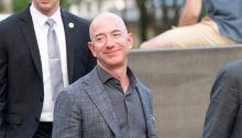 جيف بيزوس رئيس ومؤسس شركة أمازون ومالك صحيفة واشنطن بوست