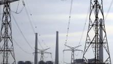 محطة كهرباء إسرائيل للكهرباء تقع على ساحل البحر المتوسط في الخضيرة