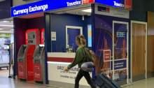 شعار شركة ترافيليكس لخدمات تحويل الأموال الدولية على فرع لها في لندن