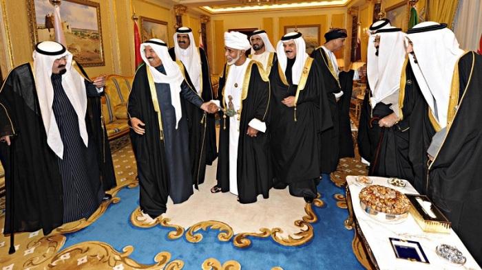 صورة من الأرشيف لقادة مجلس التعاون الخليجي