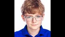 """قدم طالب الصف السابع ألكسندر ماثر (13عاما) من مدرسة ليك برادوك الثانوية في بورك، فيرجينيا، المشاركة الفائزة في مسابقة مقال ناسا """"اسم الروفر"""" ، مما جعل المركبة تسمي روفر مارس 2020 """"المثابرة"""""""