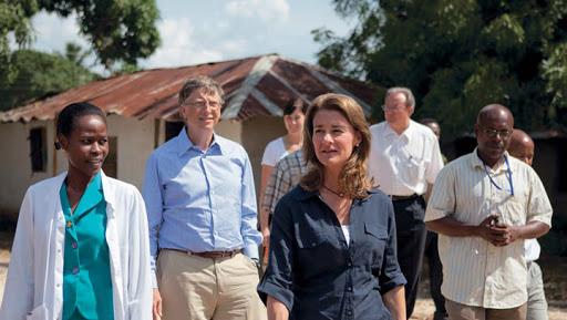 تساهم مؤسسة بيل وميلندا جيتس في دعم الخدمات الطبية حول العالم وخاصة في قارة أفريقيا