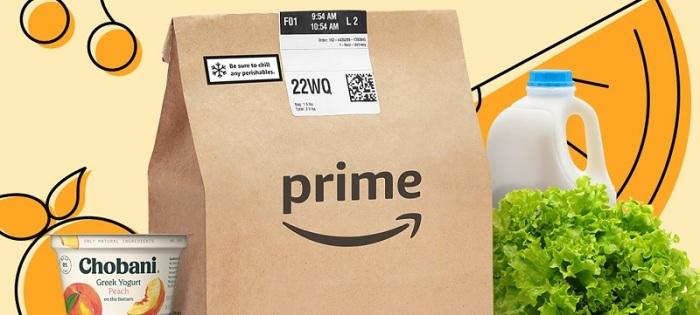 تقدم أمازون خدمة تسوق منتجات البقالة عبر الإنترنت وهو ما جعلها تحت ضغط كبير من مستخدميها خلال أزمة فيروس كورونا