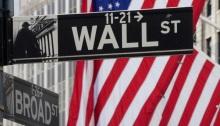 وول ستريت شارع المال بمدينة نيويورك