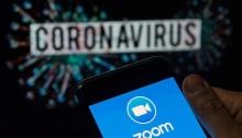 أجتماعات زوم علي الإنترنت في زمن كورونا