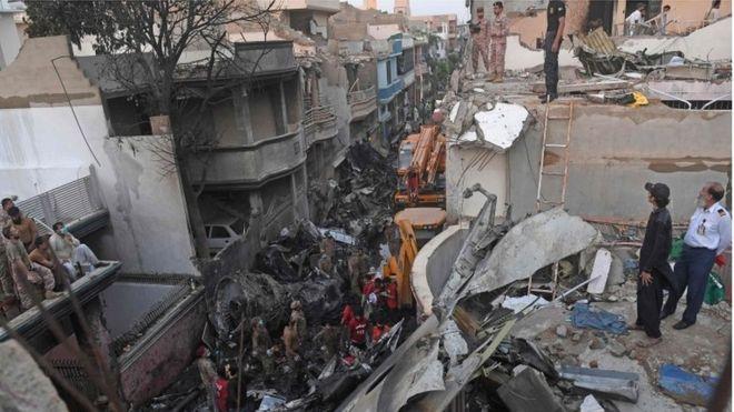 مكان تحطم الطاشرة الباكستانية