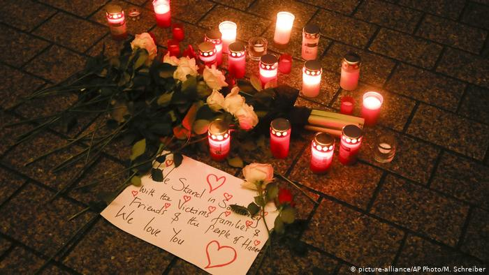 قد يؤدي التطرف عبر الإنترنت إلى هجمات إرهابية، كتلك التي شهدتها بلدة هاناو الألمانية