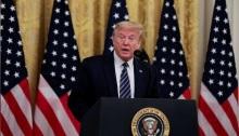 الرئيس الأمريكي دونالد ترامب يتحدث في البيت الأبيض بواشنطن يوم الخميس 30 أبريل 2020