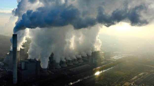 جائحة كورونا أدت الى اكبر انخفاض في الانبعاثات الكربونية منذ الحرب العالمية الثانية