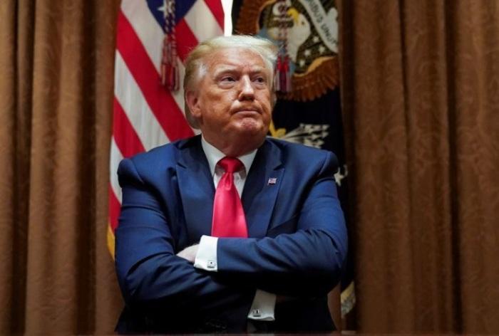 الرئيس الأمريكي دونالد ترامب خلال اجتماع بالبيت الأبيض بالعاصمة واشنطن يوم 10 يونيو 2020