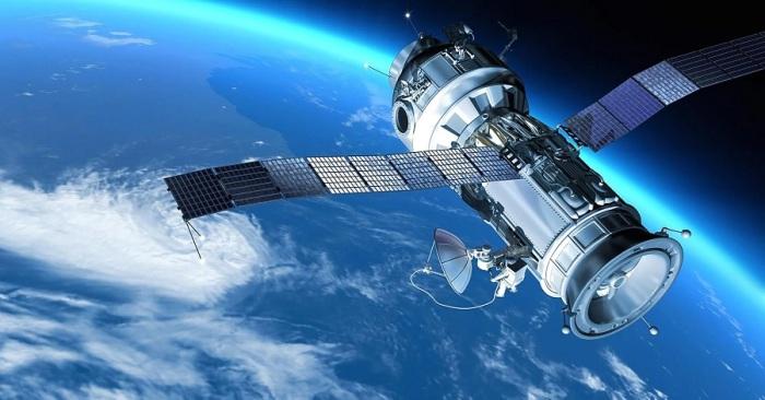 أكتملت شبكة تحديد المواقع الصينية Beidou عندما دخل القمر الصناعي النهائي إلى مداره في شهر يونيو 2020، مما يمنح الصين استقلالًا أكبر عن نظام تحديد المواقع العالمي المملوك للولايات المتحدة وتسخن المنافسة في قطاع تهيمن عليه الولايات المتحدة منذ فترة طويلة