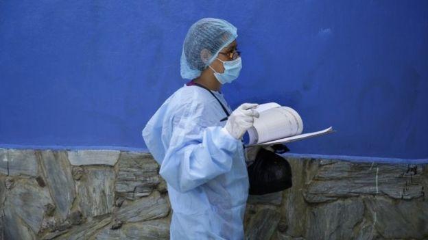 سيوسع إطار الإرشادات الوقائية إذا تأكد انتقال العدوى عبر الهواء