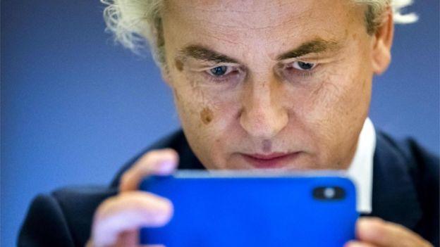السياسي الهولندي خيرت فيلدرز الذي ينتمي إلى اليمين المتطرف