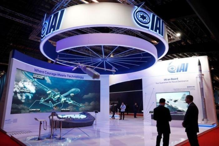 شعار شركة صناعات الطيران والفضاء الإسرائيلية (آي.ايه.آي) في معرض سنغافورة الجوي يوم 11 فبراير 2020