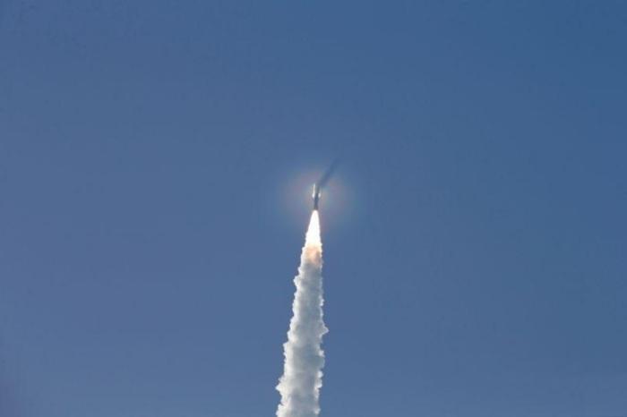 صاروخ يحمل المركبة الفضائية بيرسيفيرانس نحو المريخ يوم 30 يوليو 2020 من قاعدة كيب كنافيرال في فلوريدا
