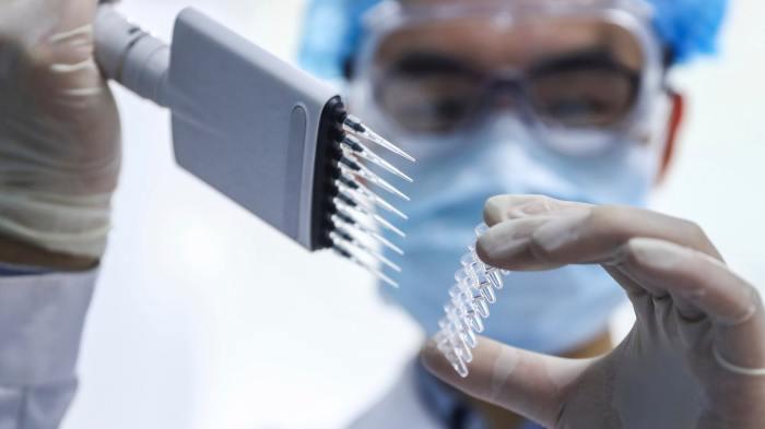 بدأت شركة سينوفارم للأدوية الصينية المملوكة للدولة التجارب السريرية للمرحلة الثالثة من لقاح كوفيد-19 في إمارة أبوظبي
