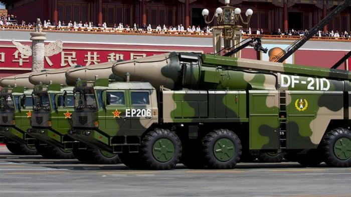 وُصف صاروخ DF-21 بأنه نظام باليستي مضاد للسفن ، وهو مخصص أيضًا لمهاجمة السفن المتحركة في البحر